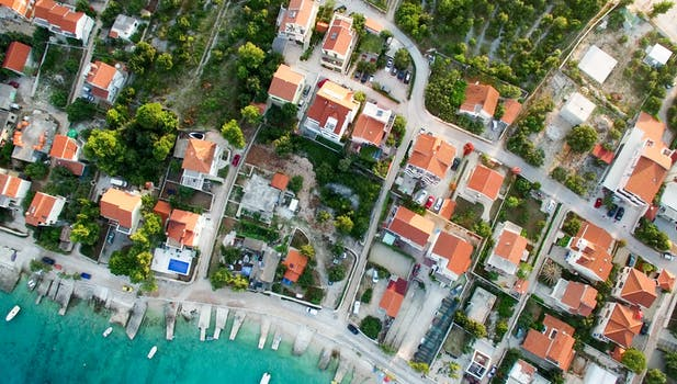 Guide to Real Estate Drone Photography and Real Estate